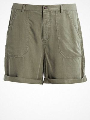 Shorts & kortbyxor - Soaked in Luxury CALLY Shorts dusty olive