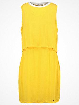 Nümph Sommarklänning spectra yellow