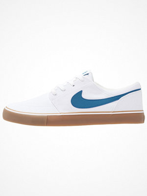 Nike Sb PORTMORE II SS CNVS Sneakers white/industrial blue/light brown