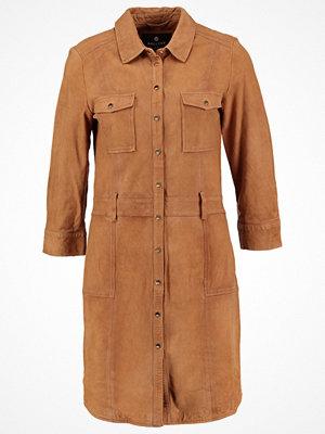 Mos Mosh HUNTER Skjortklänning cognac