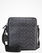 Väskor & bags - Coach Axelremsväska charcoal