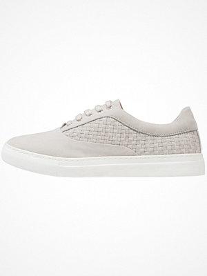 Sneakers & streetskor - KIOMI Sneakers stone