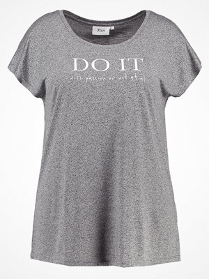 Zizzi DO IT  Tshirt bas grey