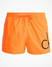 Badkläder - Calvin Klein Swimwear Surfshorts orange
