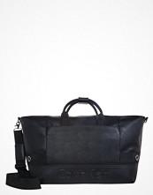 Väskor & bags - Calvin Klein BASTIAN  Weekendbag black