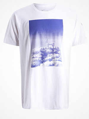 Sportkläder - Nike Performance HOOP HEAVEN Tshirt med tryck white/deep night