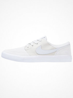 Sneakers & streetskor - Nike Sb PORTMORE II SS Sneakers light bone/pure platinum/white/blue