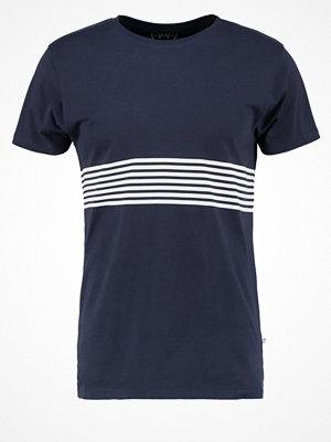 Kronstadt STRIPE Tshirt med tryck navy/white