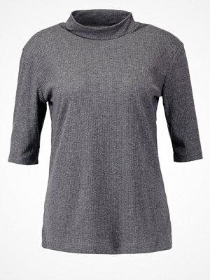 Tiger of Sweden Jeans STUN Tshirt med tryck med grey melange