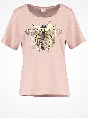 Cream MAGGI Tshirt med tryck rose dust
