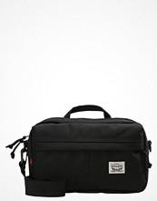 Väskor & bags - Levi's® SF XB.79860 Axelremsväska regular black