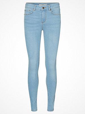 Vero Moda LUX NW Jeans slim fit medium blue denim