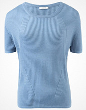 J. Lindeberg MISHA Stickad tröja blue
