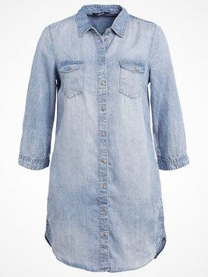Skjortor - Only ONLBIBI Skjorta light blue denim