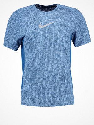 Sportkläder - Nike Performance MILER  Funktionströja glacier blue/heather/industrial blue