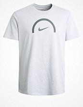 Sportkläder - Nike Performance CORE Funktionströja pure platinum
