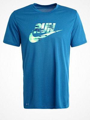 Sportkläder - Nike Performance LEGEND Funktionströja industrial blue/electro green