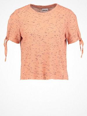 Noisy May NMFAVELA Tshirt med tryck dusty coral