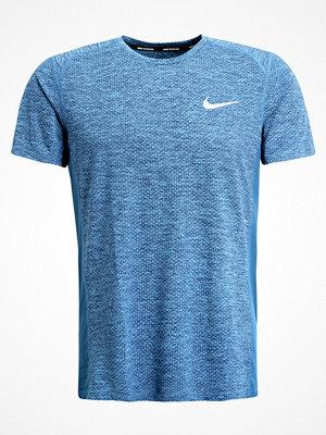 Sportkläder - Nike Performance MILER  Funktionströja light photo blue heather/binary blue