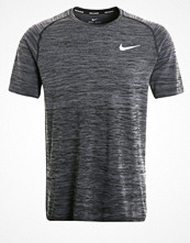 Sportkläder - Nike Performance Funktionströja dark grey/black/reflective silver