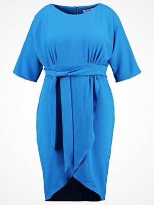 Closet Curves Fodralklänning blue