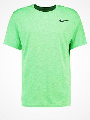 Sportkläder - Nike Performance Tshirt bas ghost green/tourmaline/black
