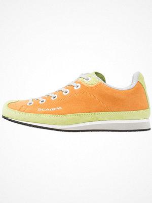 Sport & träningsskor - Scarpa COSMOPOLITAN  Promenadskor orange/rio