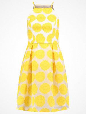 Dorothy Perkins FLORAL Sommarklänning yellow