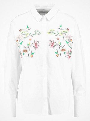 Moves TRINNI Skjorta white