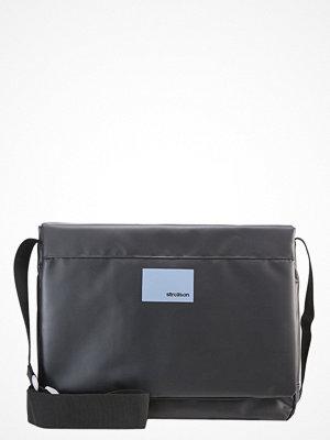 Väskor & bags - Strellson SHADWELL Axelremsväska black