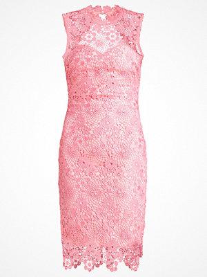 Paper Dolls Fodralklänning coral