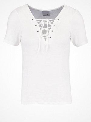 Vero Moda VMFINE Tshirt med tryck snow white