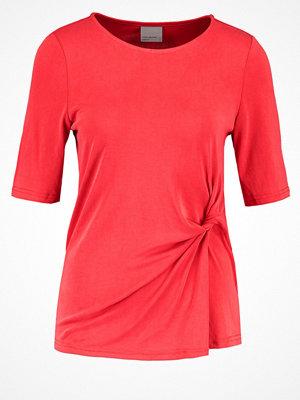 Vero Moda VMGREY Tshirt med tryck poppy red