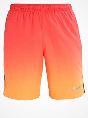 Sportkläder - Nike Performance CR7 SQUAD Träningsshorts tart/anthracite/metallic silver