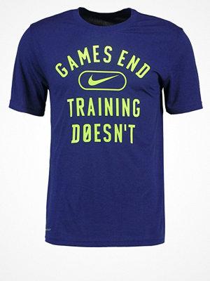 Sportkläder - Nike Performance LEGEND GAMES END Funktionströja binary blue/ghost green