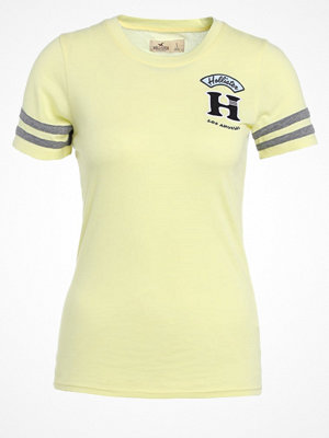 Hollister Co. TECHNIQUE CORE  Tshirt med tryck yellow