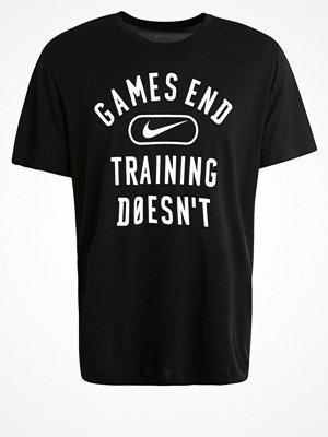 Sportkläder - Nike Performance LEGEND GAMES END Funktionströja black