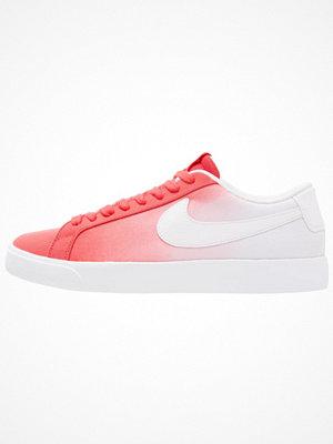 Nike Sb BLAZER VAPOR TXT Sneakers track red/white
