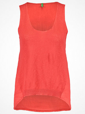 Benetton Linne red