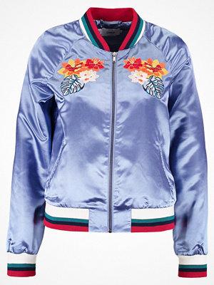 Only ONLHAVANNA FLOWER Bomberjacka blue