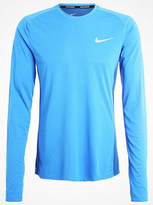 Sportkläder - Nike Performance MILER Tshirt långärmad light photo blue/industrial blue/