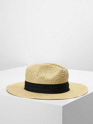 Hattar - Pier One Hatt sand/black
