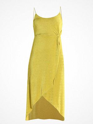 Topshop GO Jerseyklänning lime/chrtrus