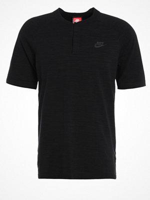 T-shirts - Nike Sportswear Tshirt med tryck black/grey