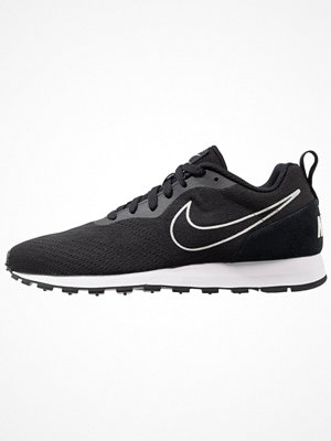 Sneakers & streetskor - Nike Sportswear MD RUNNER 2 BR Sneakers black