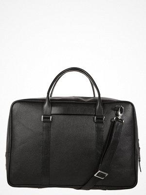 Väskor & bags - Royal Republiq AFFINITY Weekendbag black