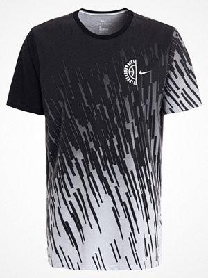 Sportkläder - Nike Performance Tshirt med tryck white