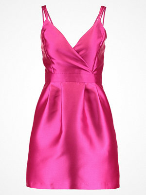 Miss Selfridge Cocktailklänning pink