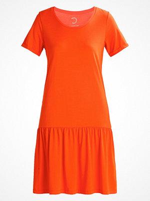 Selected Femme Jerseyklänning mandarin red