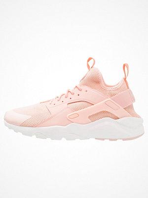 Sneakers & streetskor - Nike Sportswear AIR HUARACHE RUN ULTRA Sneakers arctic orange/summit